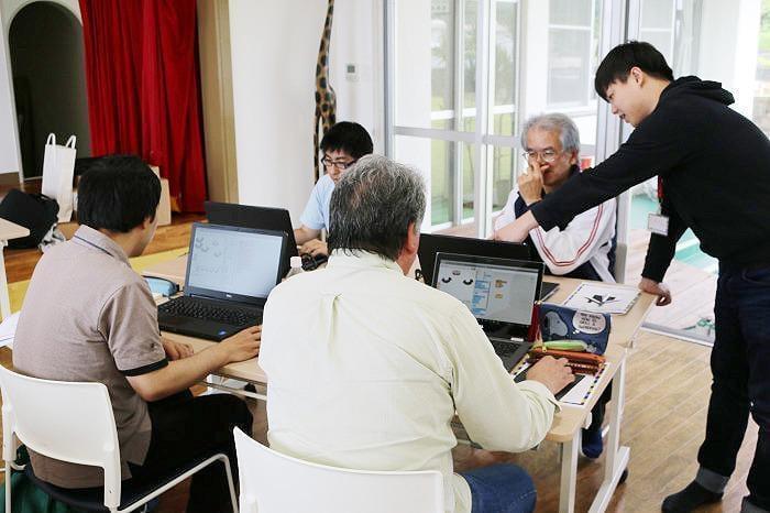 プログラミング指導者(メンター)育成研修の様子