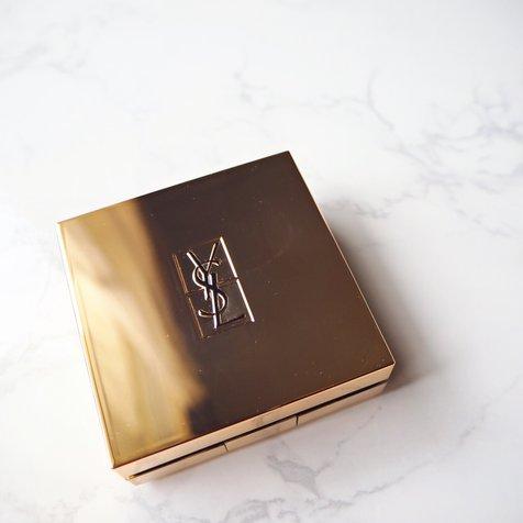 akiko さんが投稿した Yves Saint Laurent ラディアント タッチ ルクッション のクチコミ画像