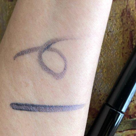 Beri さんが投稿した ADDICTION リキッド アイライナー のクチコミ画像