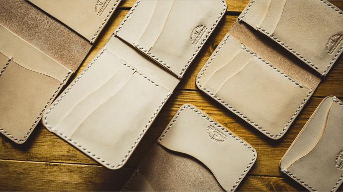 Makuake|本物の高級ヌメ革を使った、キャッシュレスに特化した完全ハンドメイド財布!